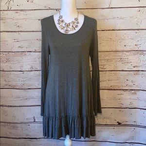Easel Grey Long Sleeve Ruffle Bottom Dress M